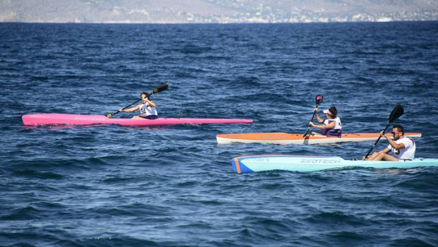Local paddlers in the Aegean Race